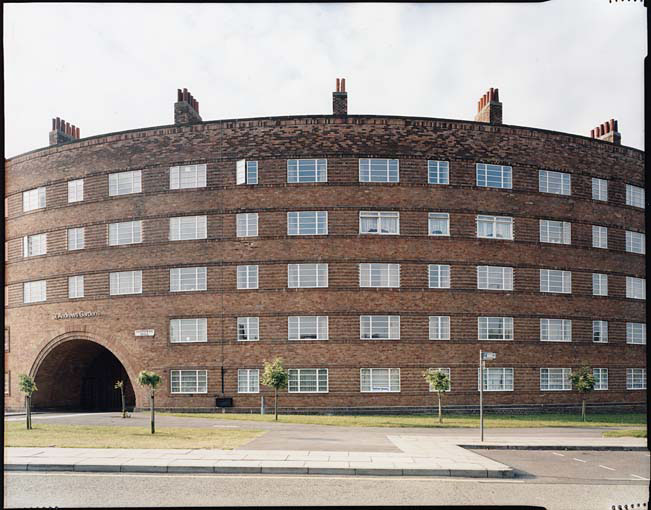 Jan Svenungsson - Liverpool Project - no. 26 (Curved Building)